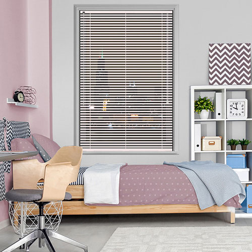 Subtle Pink Lifestyle Venetian blinds